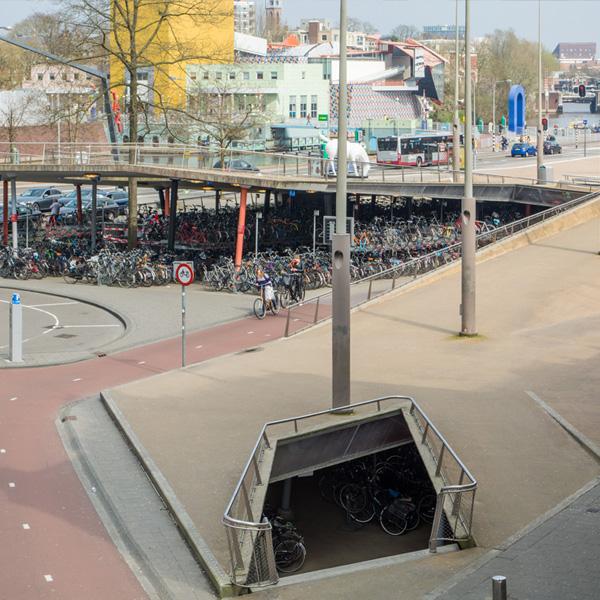 openbare stallingen stadsbalkon station groningen